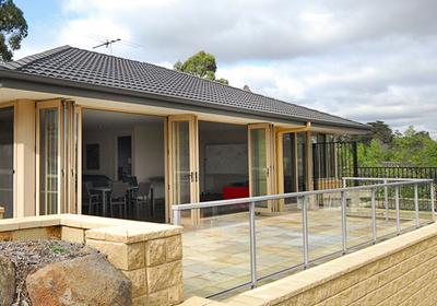 Warrandyte-Pool-House1